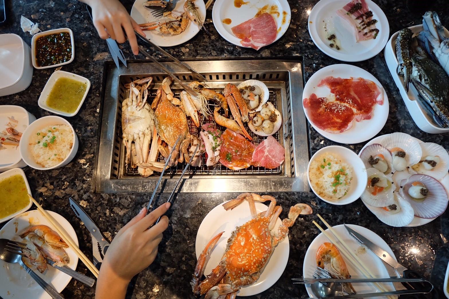 อร่อยนะคะ รสชาติเหมือนเดิม เมนูเหมือนสาขาที่เคยไปกินตรงสุขุมวิทค่ะ แต่ที่ ธัญญะปาร์คมีปูม้าตัวใหญ่มาก และหอยเชลล์มาให้ด้วย