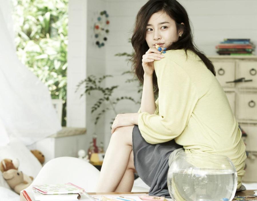 66 Kim Tae Hee Iris