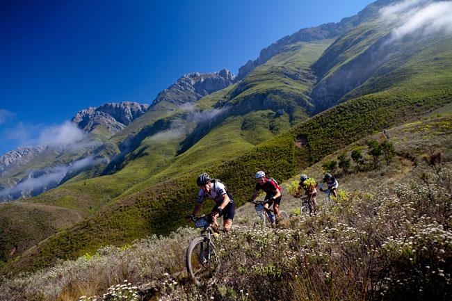 """ABSA Cape Epic """"หนึ่ง""""ในตำนานการแข่งเสือภูเขาของโลก - Pantip"""