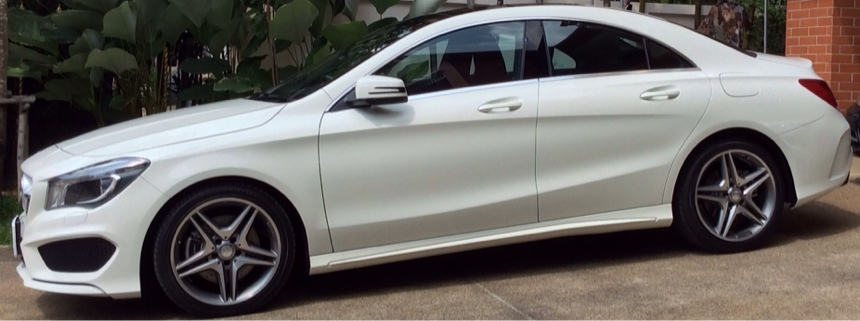 2014-Mercedes-Benz-GLA-TestDrive45