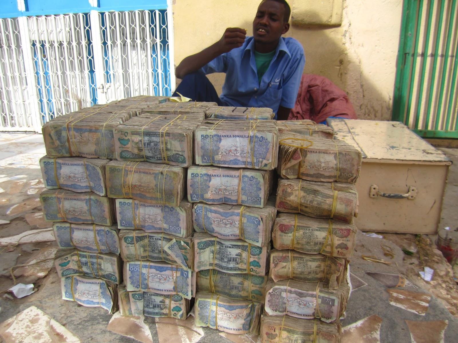 ในตอนนี้ประชาชนที่ร่ำรวยเงินมากที่สุดยังไช่ ซิมบัพเว อยู่หรือป่าว - Pantip