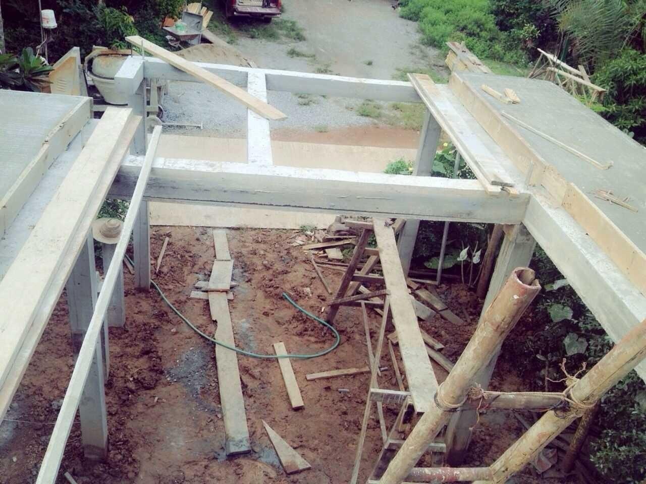 งบ 2 แสนบาท สร้างบ้านใหม่(บ้านไม้) ต่างจังหวัดน่าอยู่และพอเพียง
