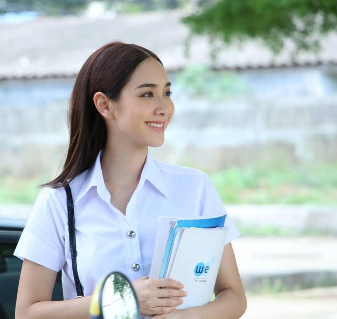 มินพีชญาวัยใสกับชุดนักศึกษา - Pantip