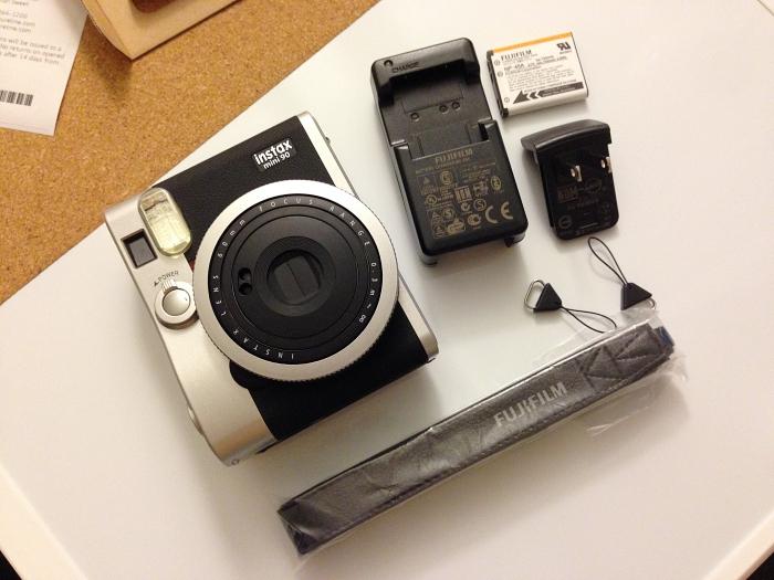 Unboxing Review Fuji Instax Mini 90 Instant Camera