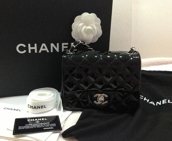 5e61b613ff55 ส่งต่อ New Chanel mini square 7