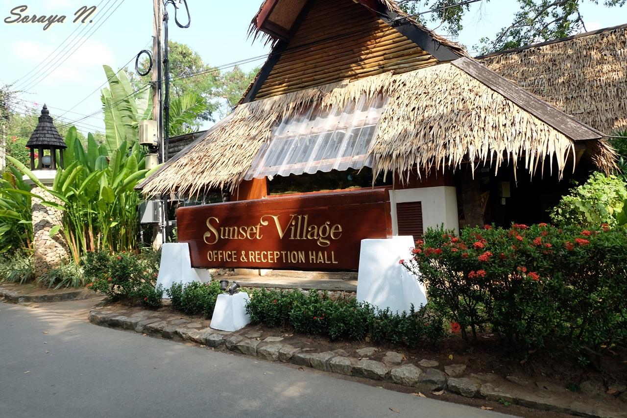 พาเท ยว Sunset Village Beach Resort ร สอร ทสวย น ำใส ก มภา