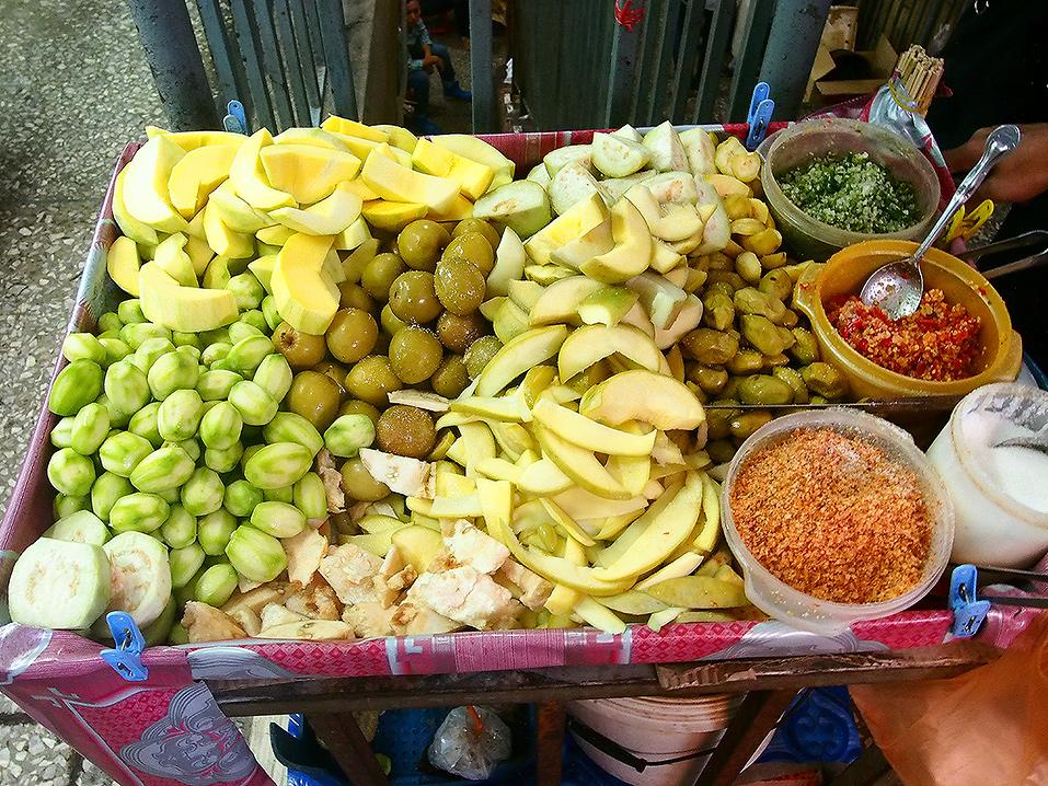 เลือกทานอย่างถูกวิธี หลังเสริมจมูกกินผลไม้อะไรได้บ้าง