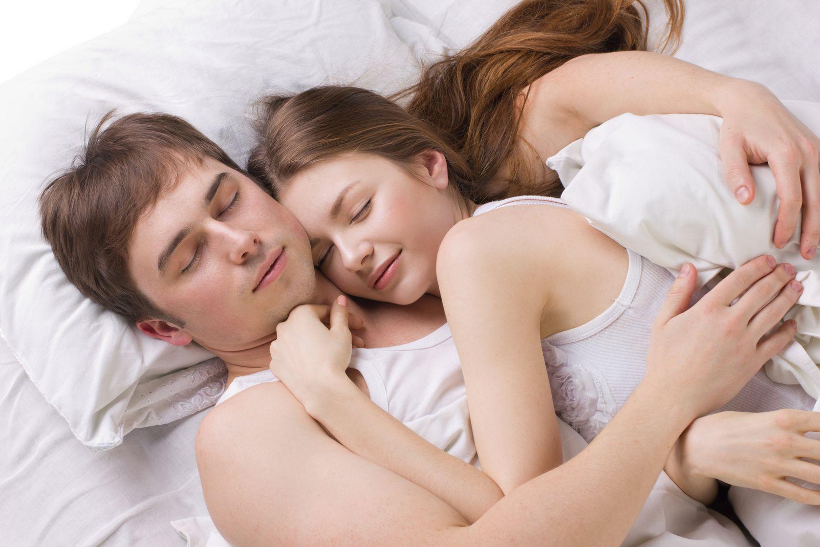 Что если девушки спят вместе, Изучите и запомните: как вычислить девушку. - Limon 11 фотография