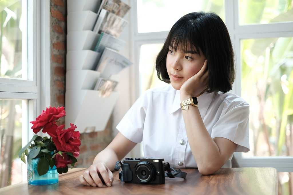 SR Fujifilm X 70 Selfie