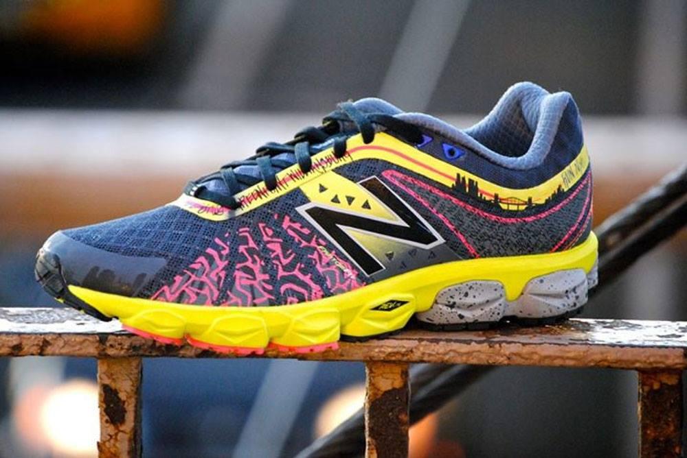 รองเท้าวิ่ง new balance 890v4