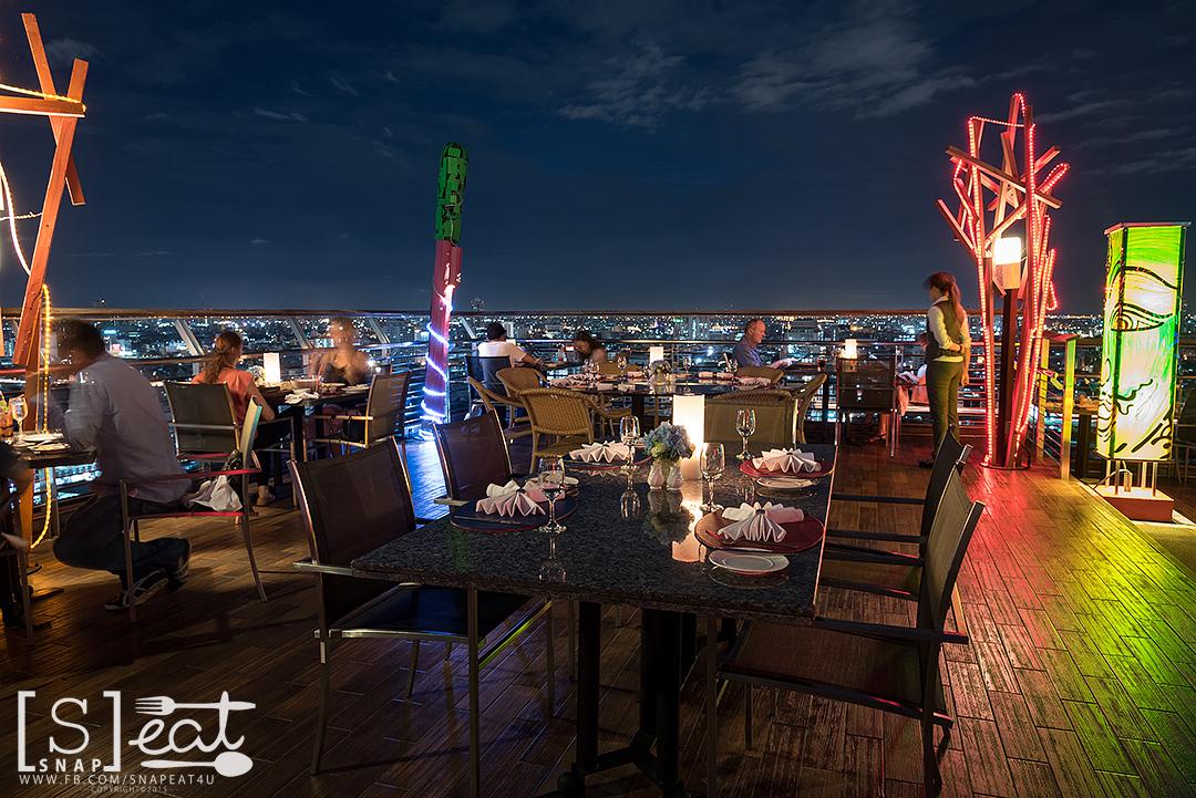 Dinner กับวิวสวยๆ กันที่ The Roof Gastro Pantip