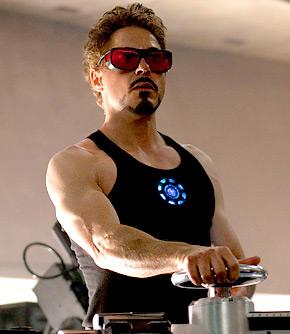 62 ตอนที่ต้องเตรียมตัวรับบท Iron Man ดาวนีย์ต้องทำ weight training 5  วันต่อสัปดาห์เพื่อให้ได้รูปร่างที่เหมาะสม