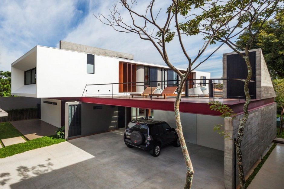 Pantip - Terraced modern homes with underlying garage ...