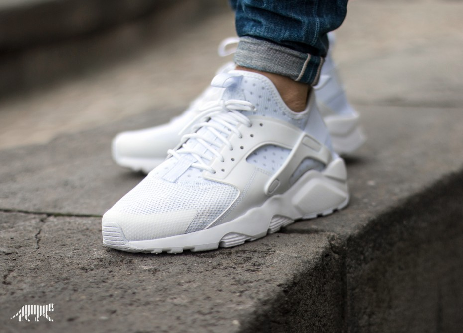 new product 042ac 5a685 ... low price sneakernews 2015 11 10 the nike air huarache transformed in  ultra style 23d4d b03d1