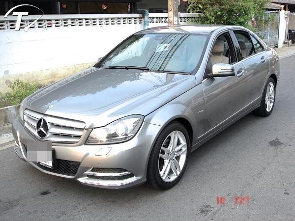 รถ เก๋ง มือสอง ยี่ห้อ Mercedes Benz (เมอร์เซเดส-เบนซ์