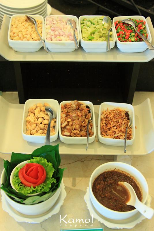 ที่กิน ห้องอาหารแกรนด์ คาเฟ่ โรงแรมเดอะ แกรนด์ โฟร์วิงส์ คอนเวนชั่น International Buffet Grand Cafe The Grand FourWings Convention Hotel บุฟเฟ่ต์ บุฟเฟ่ต์นานาชาติ ศรีนครินทร์ ลุงเสื้อเขียว กรุงเทพ diaryaward2014 เที่ยวเมืองไทย ไทยเที่ยวไทย เที่ยวทั่วไทย เว็บท่องเที่ยว