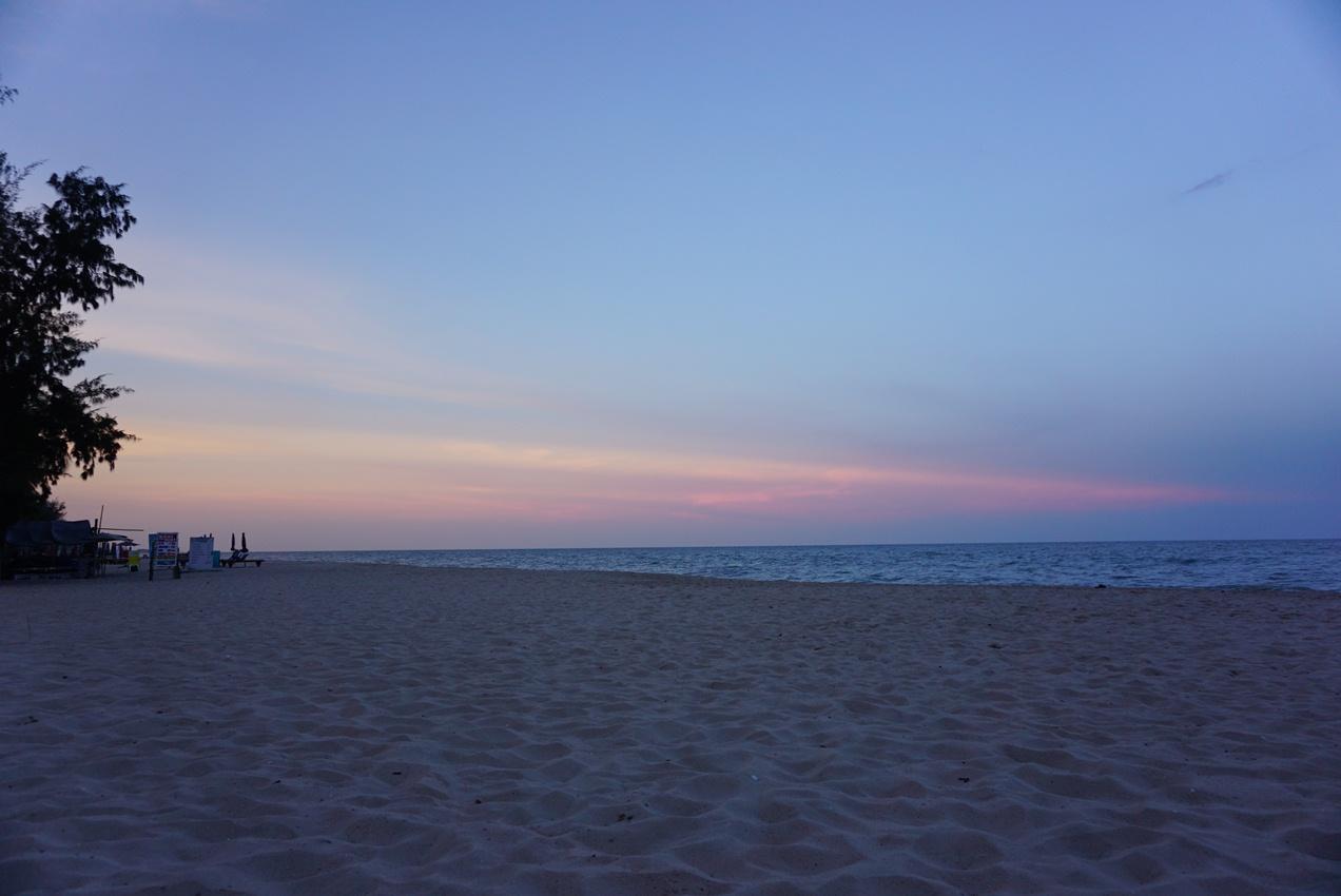 ชะอำ หาดชะอำ ทะเลใกล้กรุงเทพ