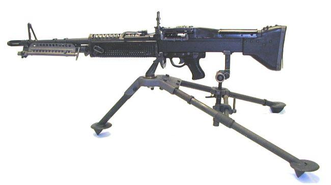 ในสนามรบ ปืนกลหนักแบบไหน ใช้ได้ดีที่สุด ??????? - Pantip