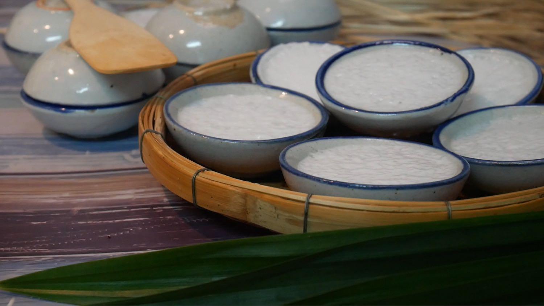 วิธีทำ ขนมถ้วยใบเตย เหนียว นุ่ม หวาน มัน เค็ม ครบรส |ครัวบ้านทราย