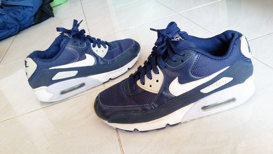 Nike Air Max 90 Essential ( Size 38