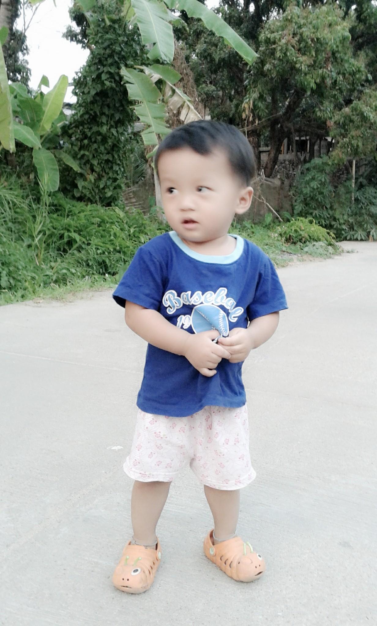 หีเด็ก10ขวบ ตอนนี้ลูกสาว 1 ขวบ 10 เดือนแล้ว แต่น้ำหนักไม่ขึ้นเลย ใครมีวิธีแนะนำบ้างครับ  - Pantip