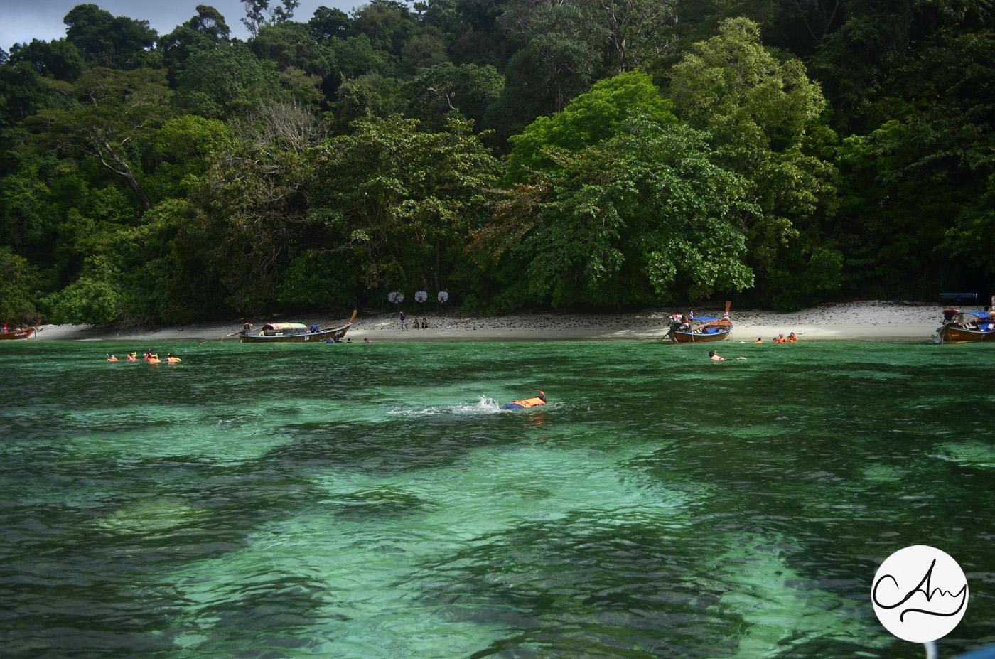 เที่ยวอันดามัน เกาะอาดัง ราวี หลีเป๊ะ สตูล ทะเลอันดามัน