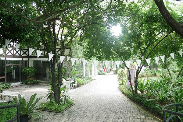 Little Tree Garden Cafe Pantip