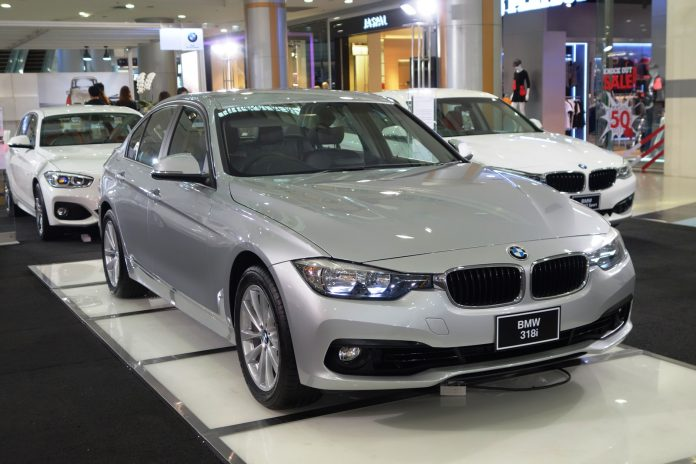 Bmw 320d Iconic Pantip
