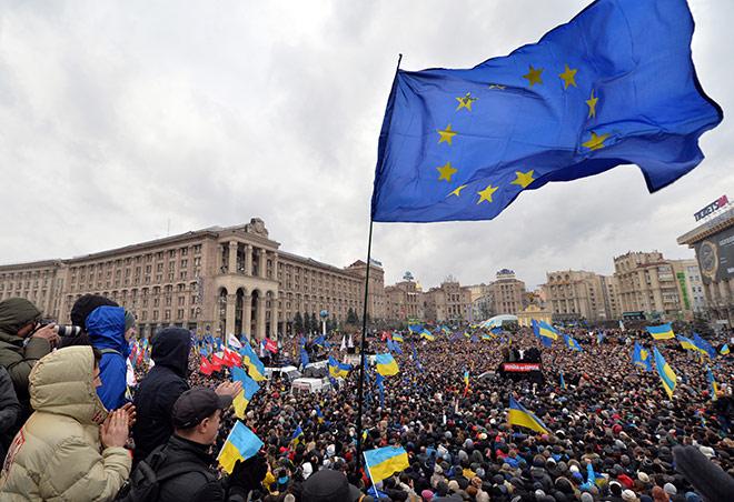 ปูตินว่าไง!!! คนยูเครนเขาอยากซบอกอียูแน่ะ!!! ชาวยูเครนนับแสน ยึดศาลาว่าการเมืองหลวง  ไล่รัฐบาลโปรรัสเซีย!!! - Pantip