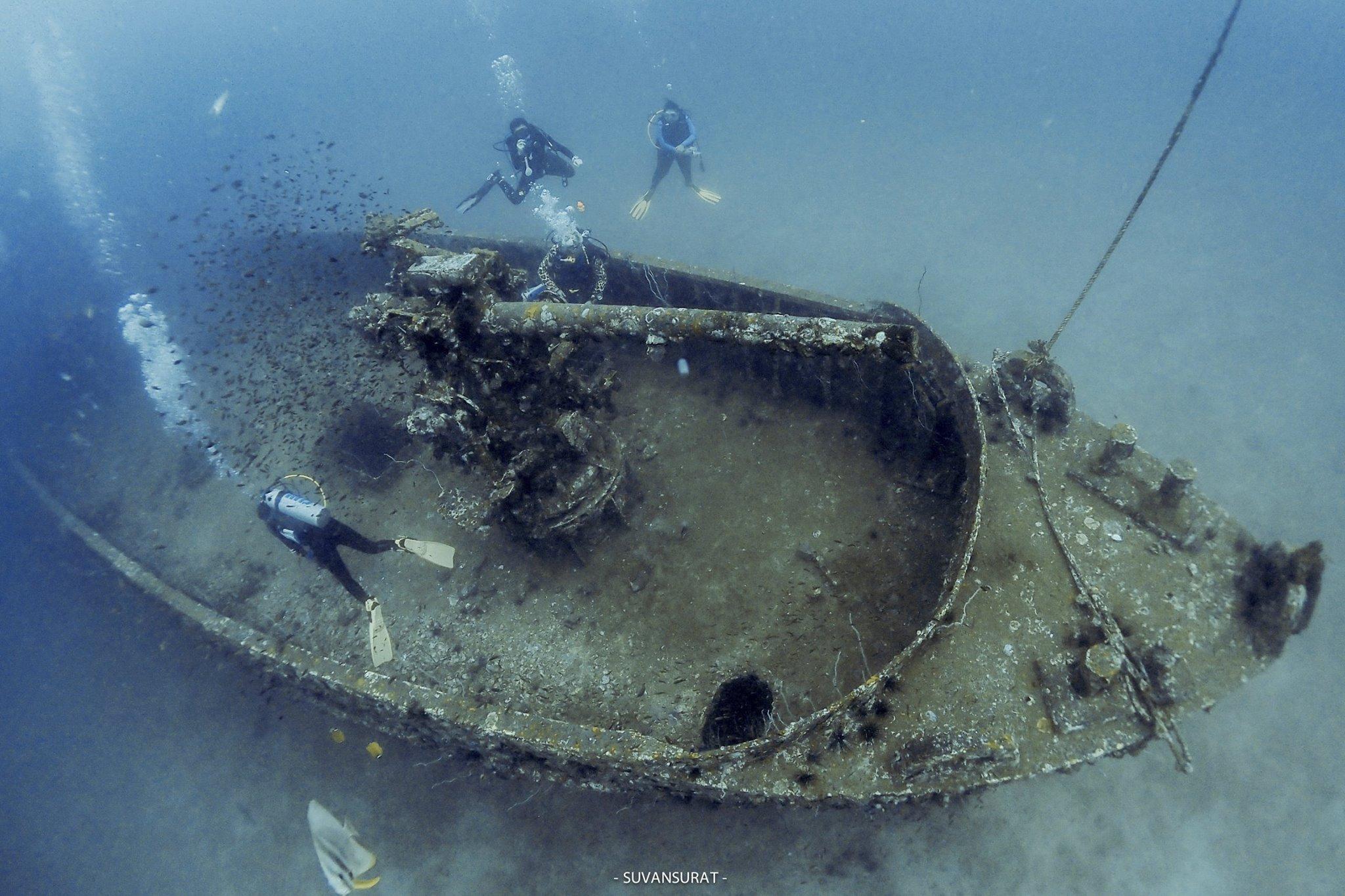 เรีอปราบที่กาบเรือ 16 เมตร พื้นทราย 22 เมตร