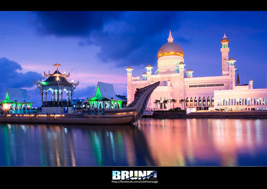 ... และที่สำคัญที่สุดมัสยิดสำคัญของเมืองทั้งสองแห่ง สวยจับจิต น่าตะลึง  และควรค่าแก่การไปชมสักครั้งจริงๆ ทำให้นึกถึงคำโฆษณาของการท่องเที่ยวบรูไนที่ว่า  Brunei ...