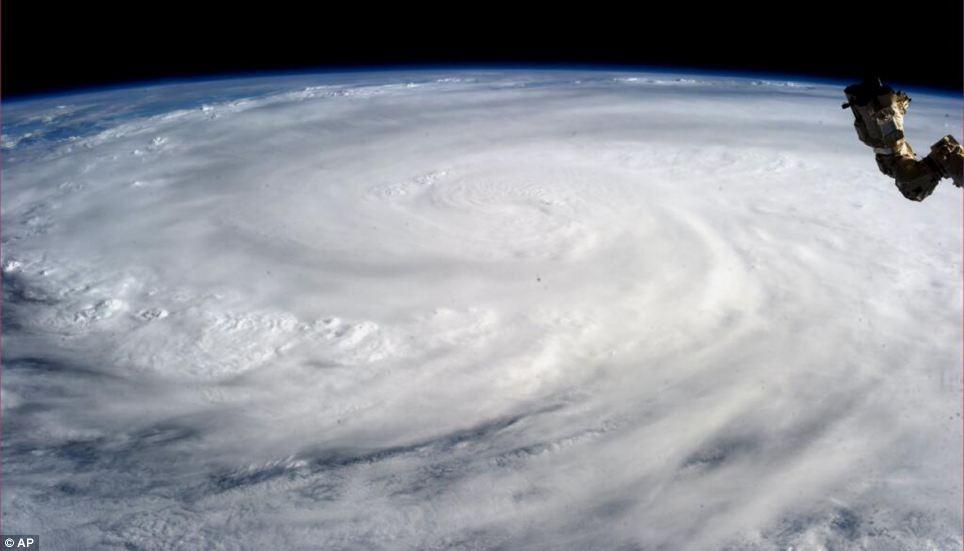 ภาพความเสียหายจากพายุไหเหยี่ยน Haiyan พายุไต้ฝุ่นที่รุนแรงที่สุดของโลกในปีนี้